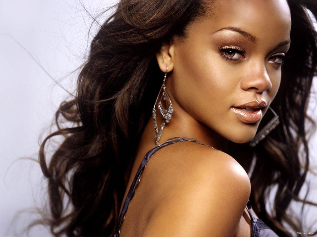 La cantante Rihanna nació el 20 de febrero de 1988 en la isla de ...