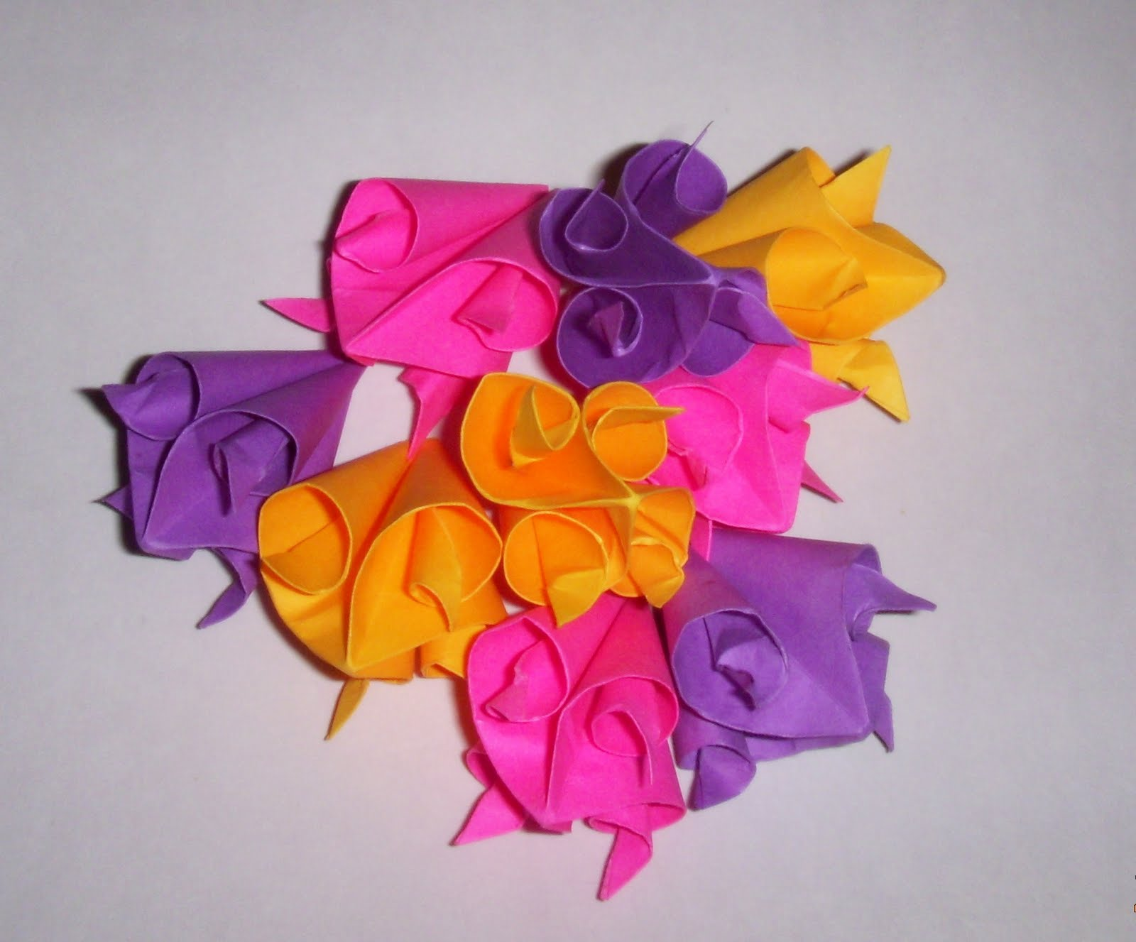 Origami origami curler cuboctahedron kusudama origami jeuxipadfo Gallery