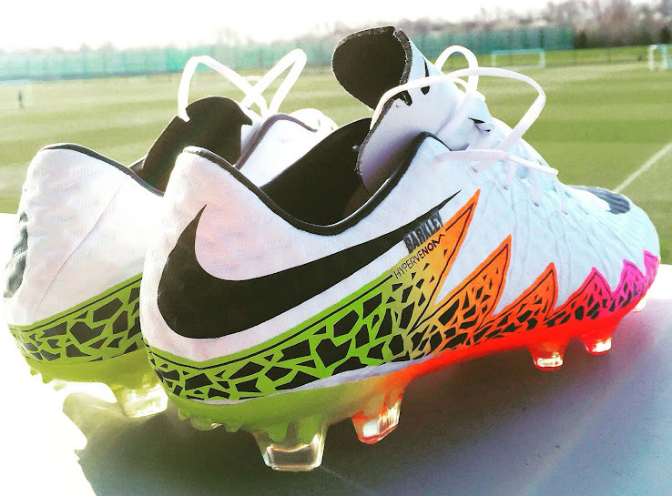 new photos 64607 29388 Nike's Best Players Debut Hypervenom II Boots with Old Upper ...