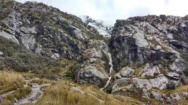 laguna churup, acampe, senda, zona de escalada, cascadas, paisaje, belleza
