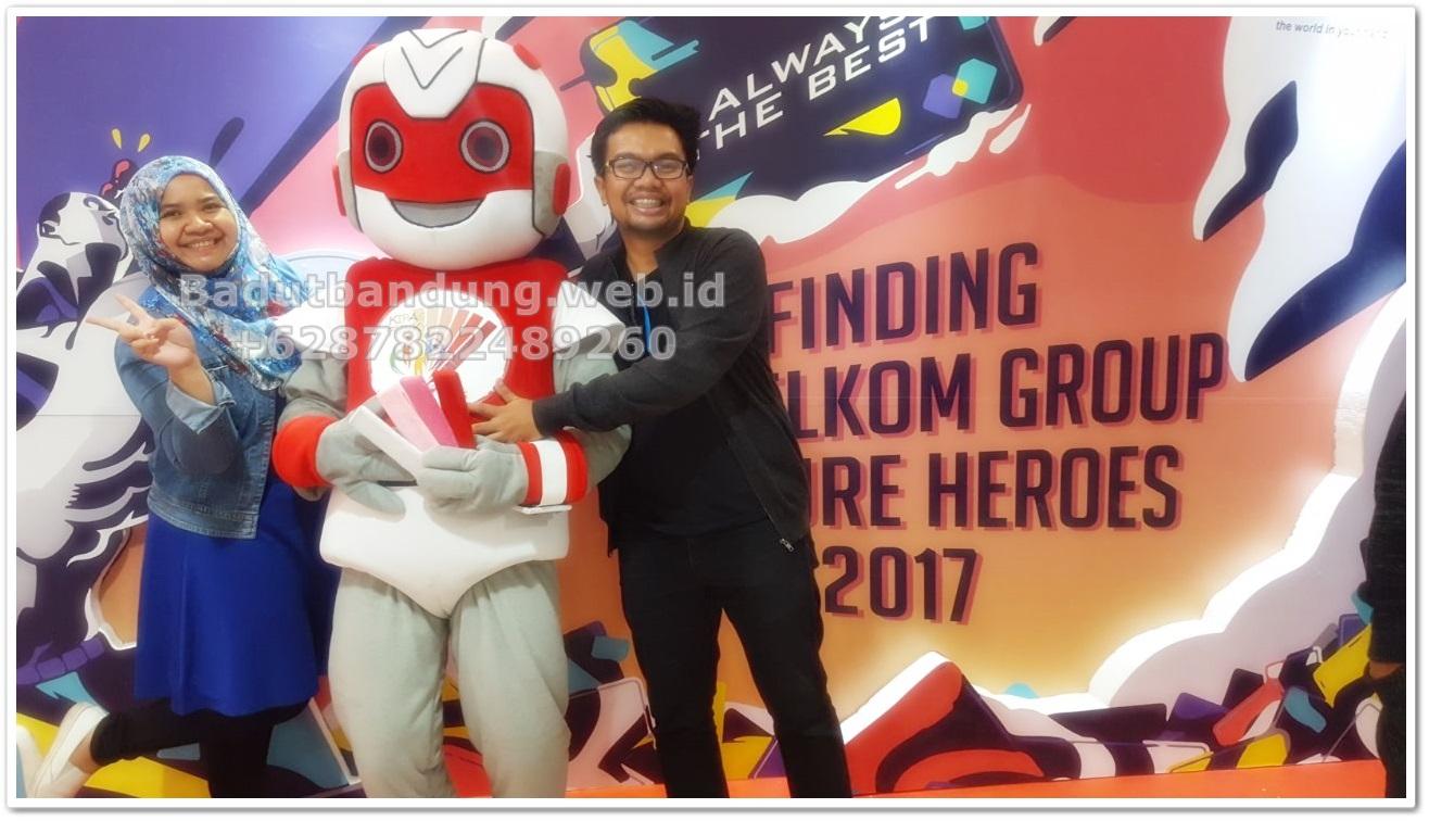 foto-event-kostum-badut-robot-maskot-bersama-client2