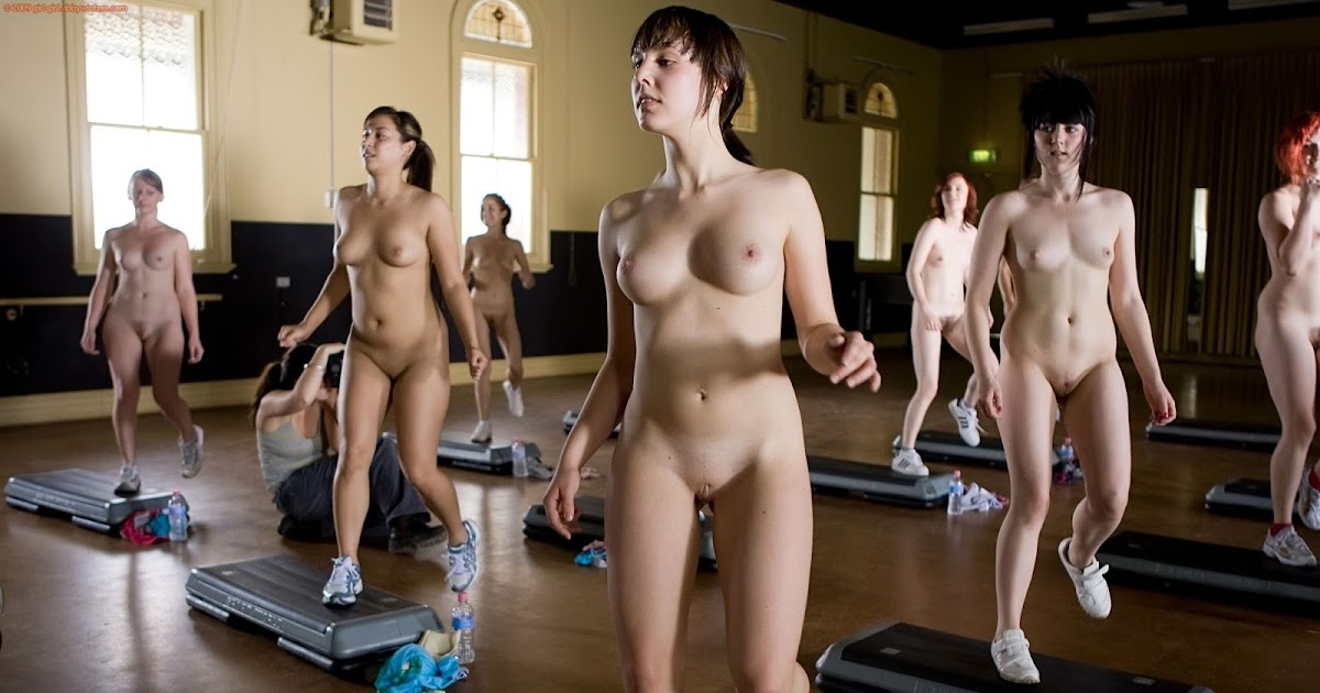nude-girls-gym-body