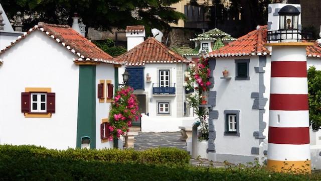 Casas de Portugal dos Pequenitos