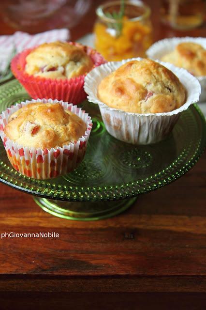 muffin con prosciutto cotto e pistacchi