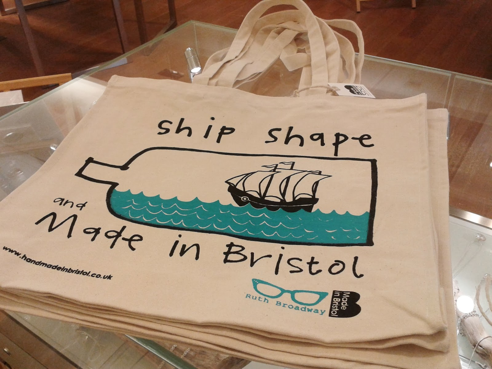 Ship Shape And Fashionable: Ruby And The Paper Parade