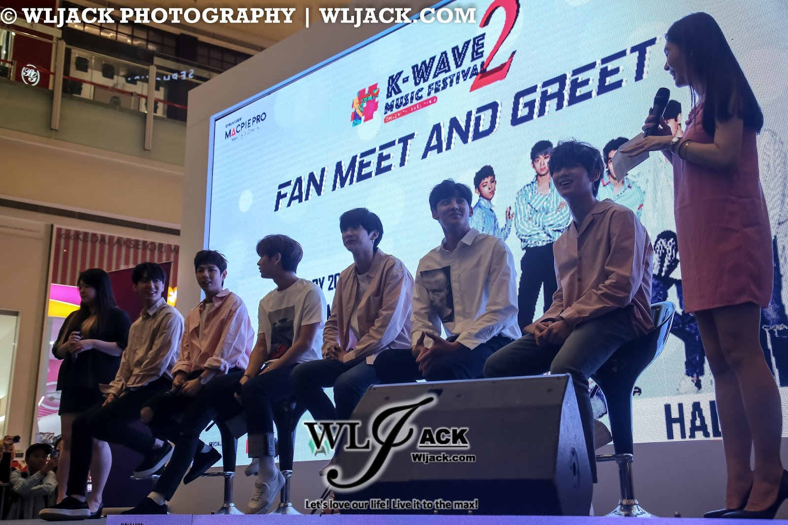 Coverage halo fans meet and greet nu sentral kuala lumpur sporting during the meet and greet they even sang the chorus of one of their songs as a throwback for the concert which has just happened a day ago kristyandbryce Gallery