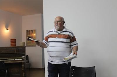 O escritor Ídolo de Carvalho.