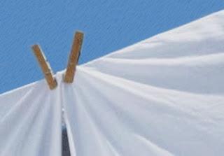 Le lenzuola sporche della vicina di casa