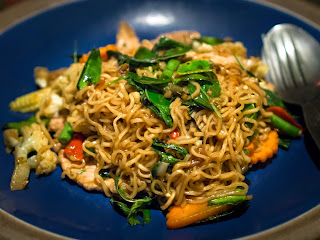 thai stir-fried noodles with beef recipe