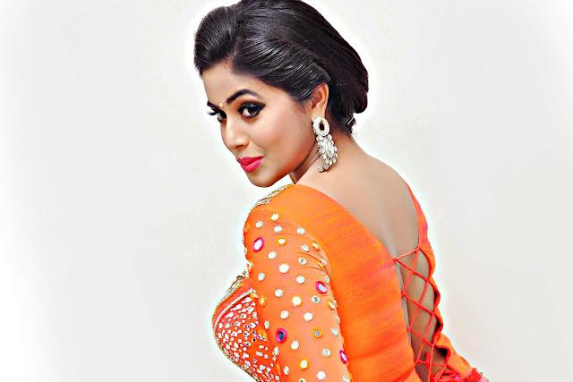 Actress Poorna S New Hot Hd Wallpaper Top Hd Gallery