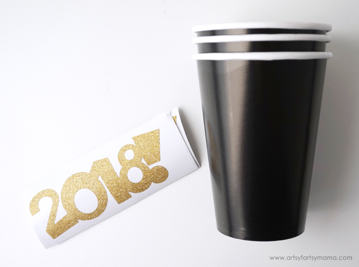 These New Year's Eve Party Ideas can all be made with the Cricut to make your party one to remember! #CricutMade #CricutHoliday