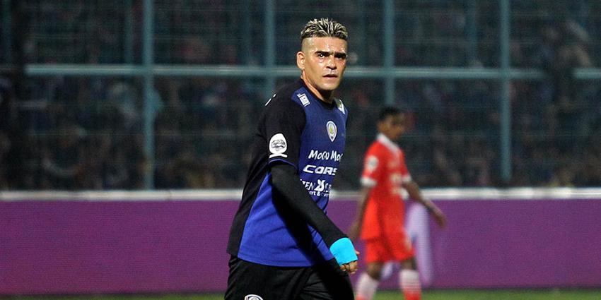 Prediksi Skor Arema Cronus vs PSM Makassar 14 Oktober 2016