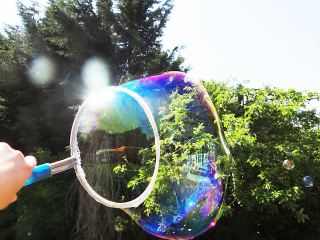 Giant Gazillion Bubble Wand