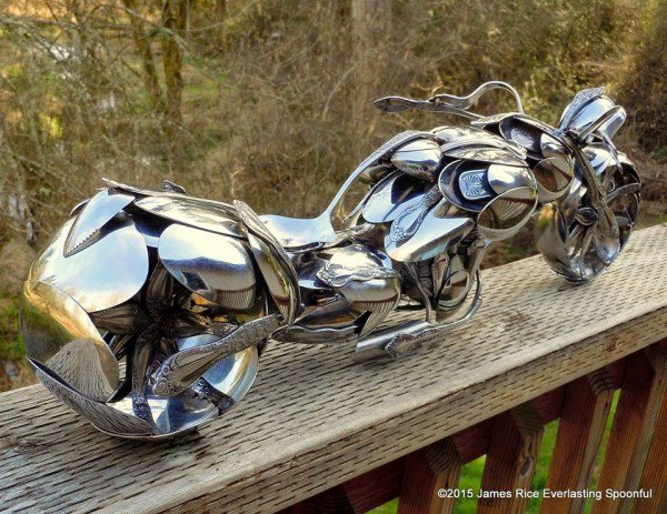 07-Jim-Rice-Chopper-Motorcycle-Sculptures-made-from-Spoons-www-designstack-co