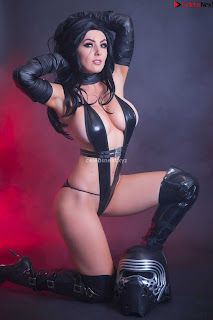 Jessica Nigri Exposing her  and  Hole playing Cosplay Augsust 2018 WOW ~ Celebrity.co Exclusive Celebrity Pics 013