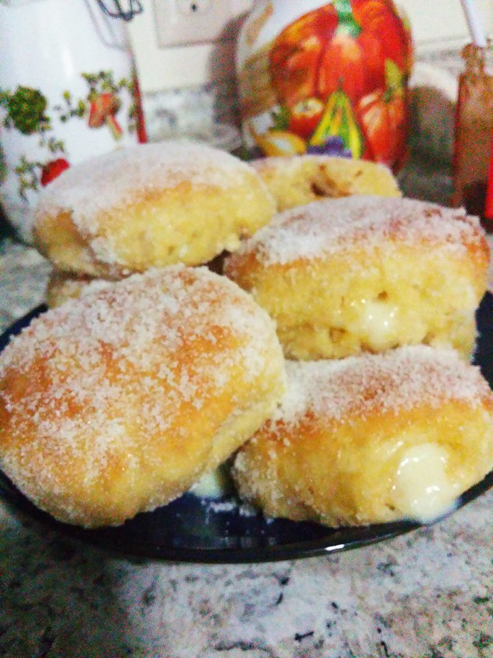 Pączki - Polish Custard Doughnuts