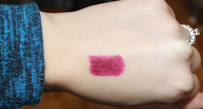 mark. Lipclick Matte Full Color Lipstick in Vixen