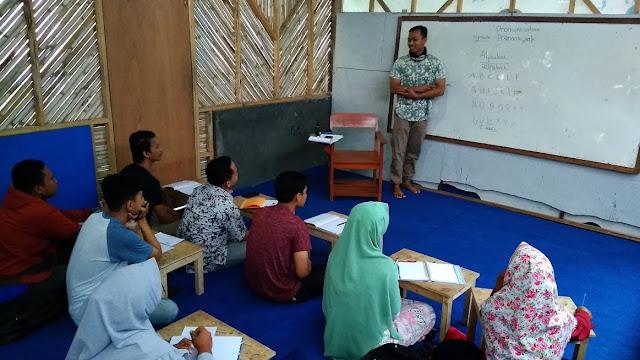 Pronunciacion Class Lembaga Pare-Dise