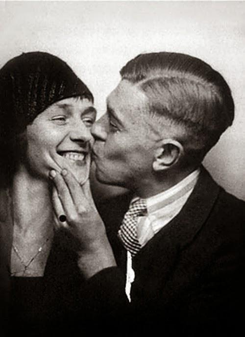 Magritte biografía