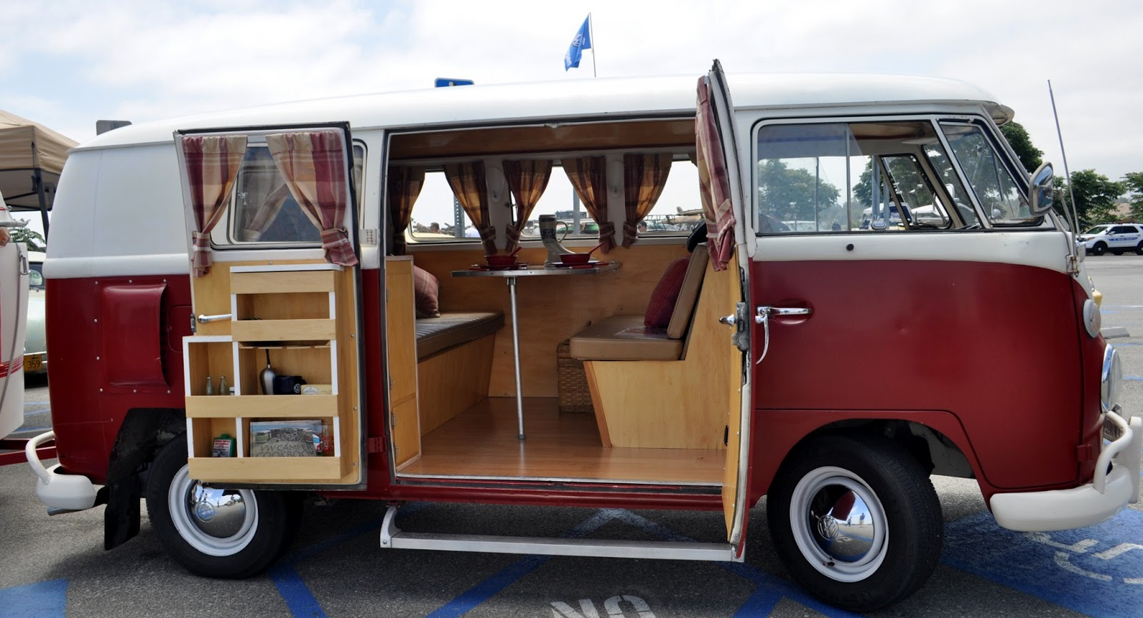 Some Of The Nicest Vw Bus Interiors From Yesterdays Bugorama At Irvine Verizon Amphitheater