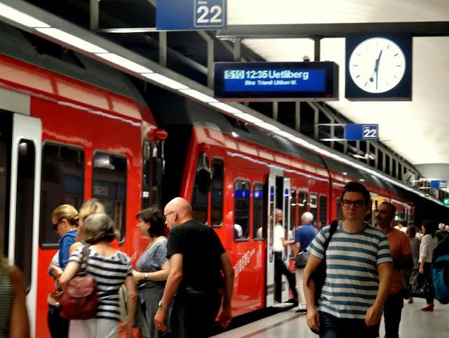 S10 Uetliberg Platform 22