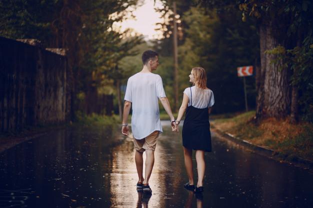 amor bajo la lluvia