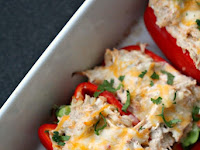 LOW-CARB CREAMY CHICKEN STUFFED PEPPERS
