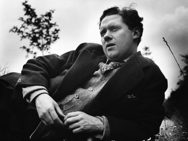 A biography of dylan thomas a british poet