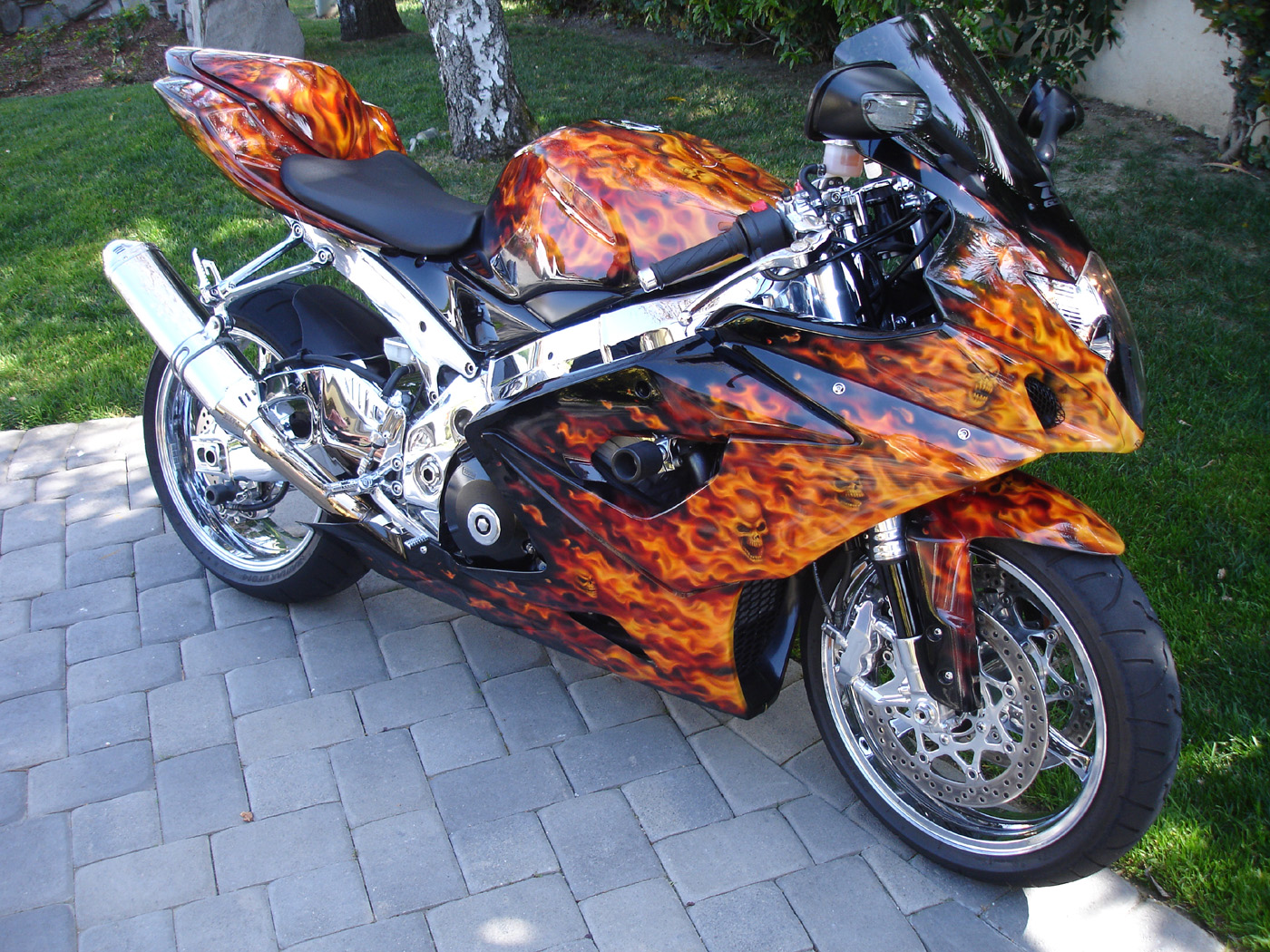 custom motorcycles motorcycle bikes choppers bike cycles sport customized paint speedy steel sportbikes wheels 1000 1050 1400 kb gsxr rocket