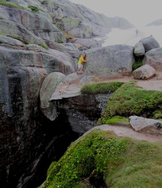 Ruta al Trolltunga o lengua del troll
