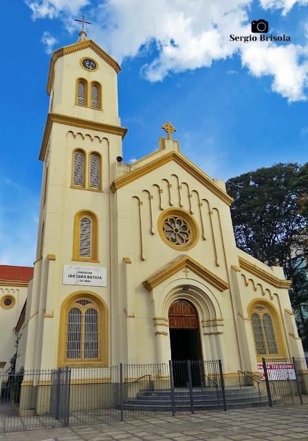 Vista ampla da fachada da Paróquia São João Batista - Brás - São Paulo