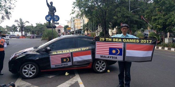 Pengakuan Bambang, Warga Solo Yang Arak Bendera Malaysia Terbalik