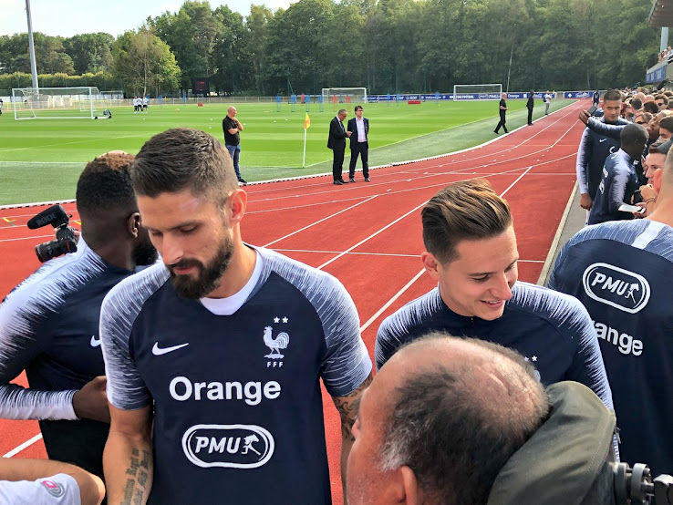 sale retailer 9d2fc 7fbda Quite Offset - Nike Adds Second Star To France 2018 Gear ...
