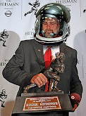 Eddie Wins Heisman Trophy