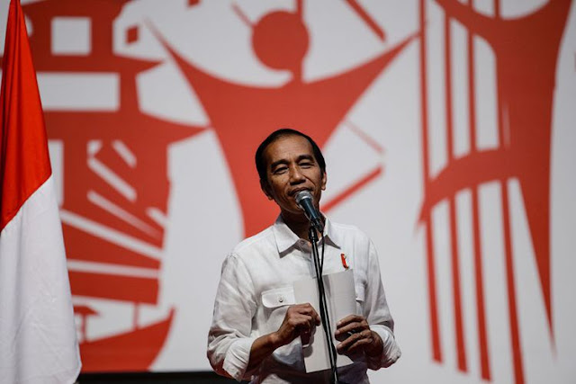 "Jokowi Batalkan Program ""Full Day School"""