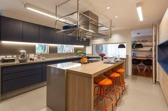 decoracao-cozinha-banquetas-laranja