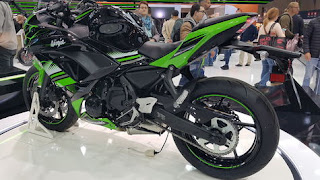 Meluncur-di-Imos-2016-Kawasaki-Ninja-650-Tantang-CBR650F-&-R6