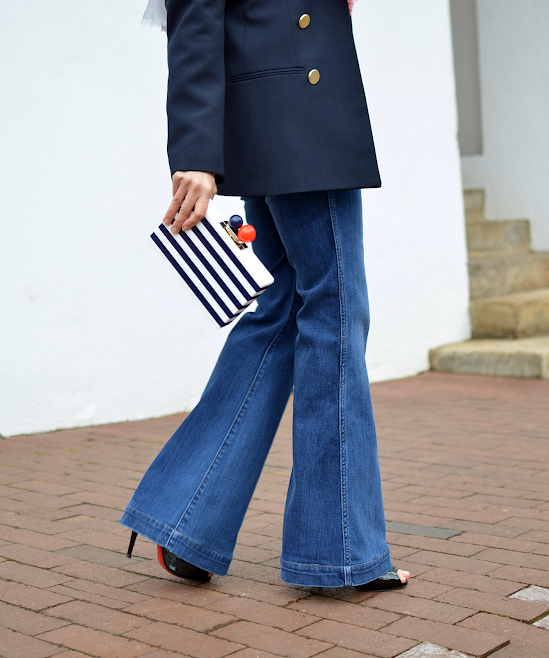 Flared jeans with heels