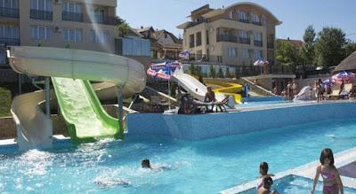 Sunny hill spa resort i aqva park