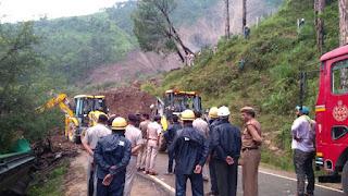 un glissement de terrain en Inde