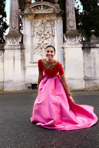Naomi Scott beautiful fashion model latest photo