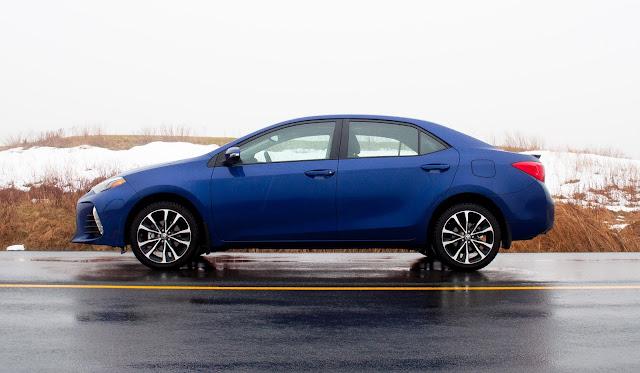 2017 Toyota Corolla XSE blue crush