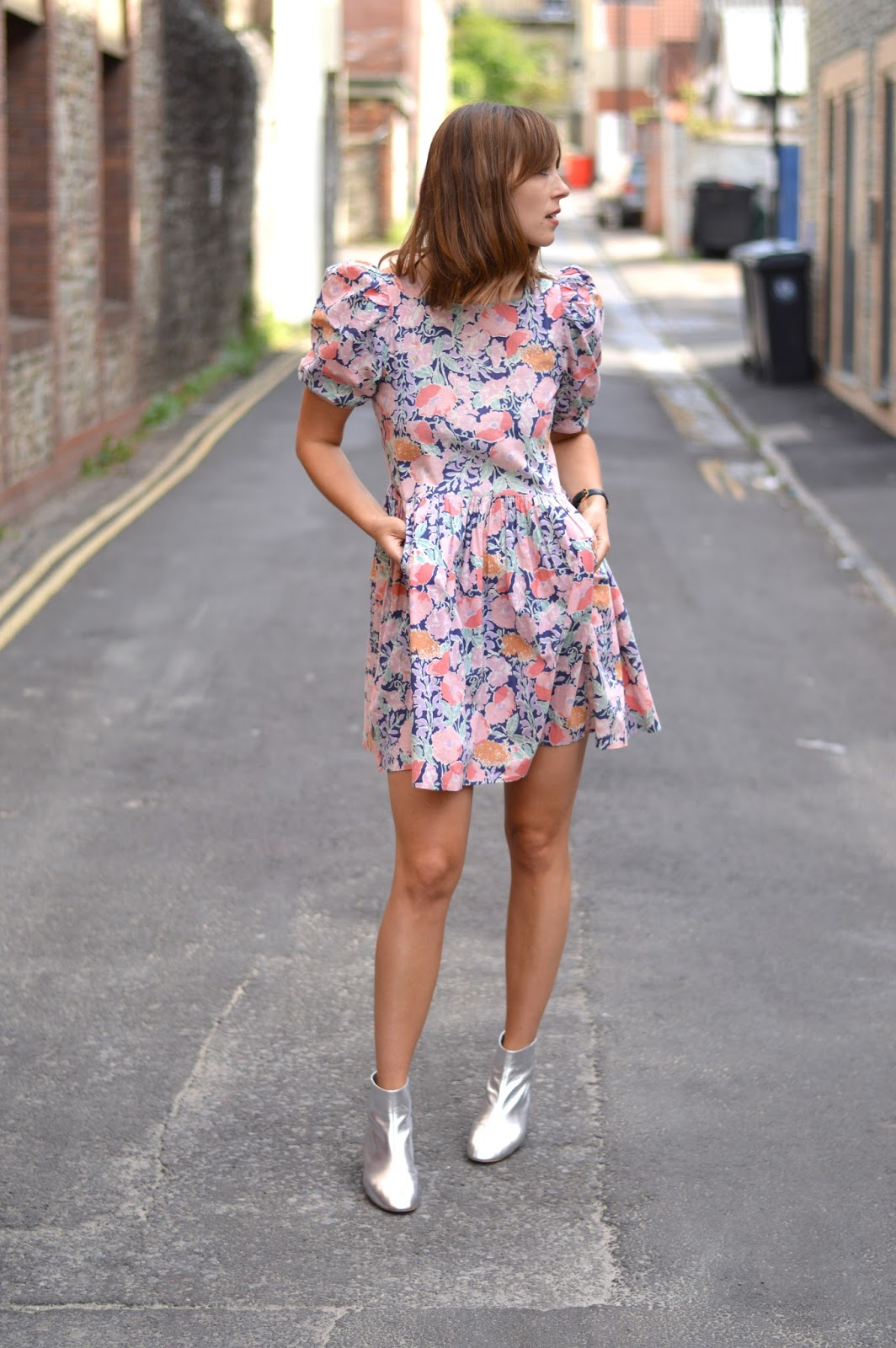A real vintage floral tea dress