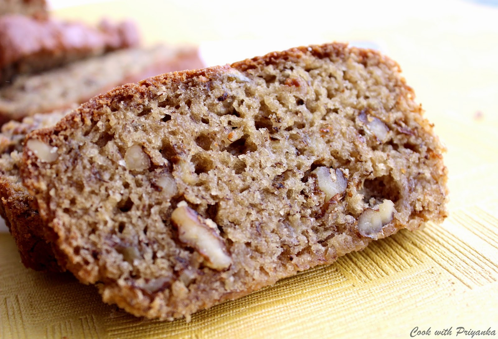 Banana Walnut Cake Eggless
