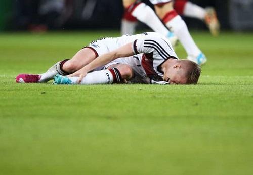 Marco bị chấn thương nặng và không thể tham gia World Cup cùng ĐT Đức
