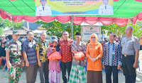 <b>Warga Kota Bima Antusias Sambut Pasar Murah Sembako Bersubsidi</b>