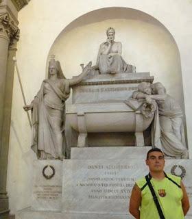 Cenotafio de Dante, Iglesia de Santa Croce.