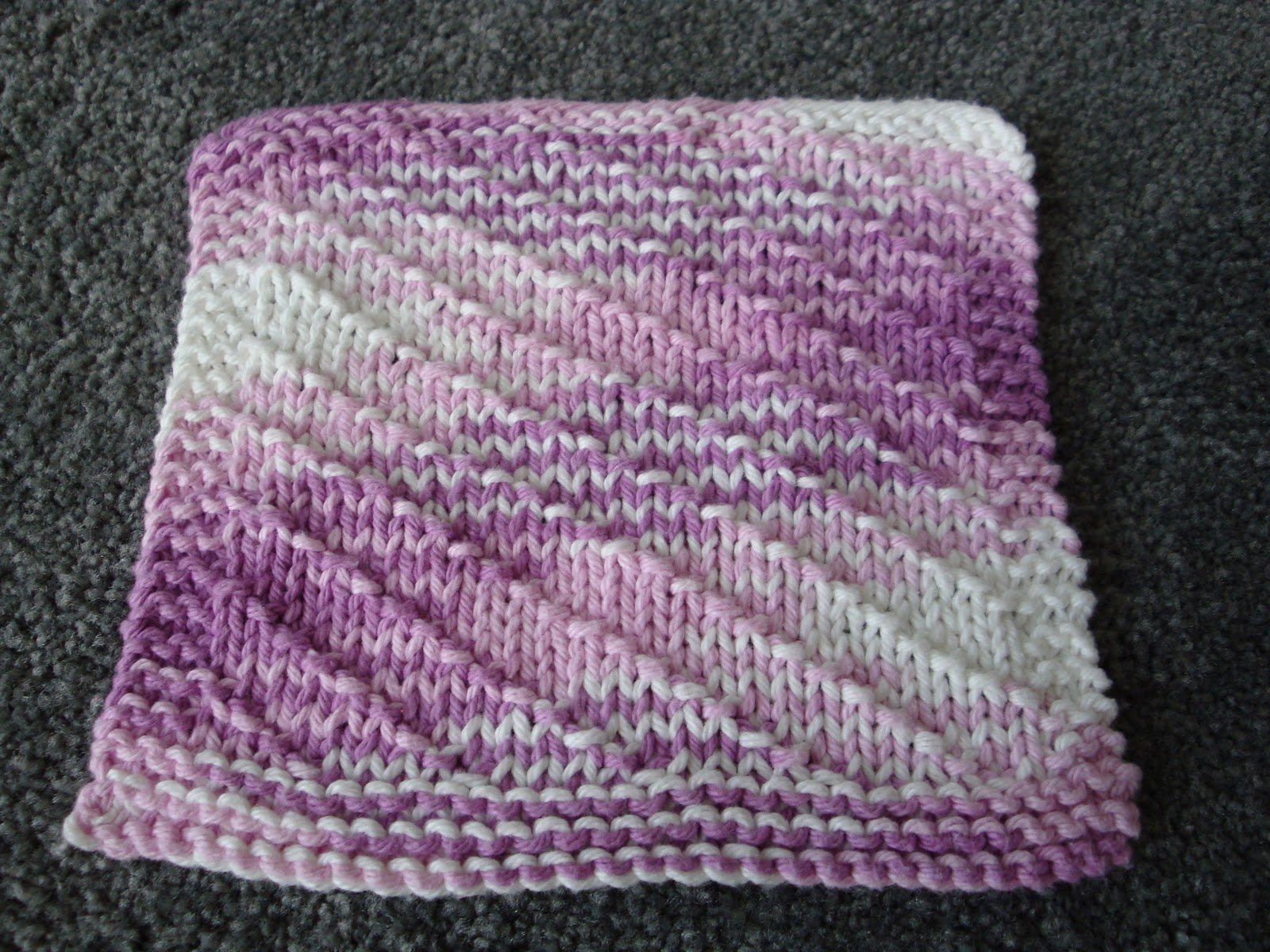 Kim's Knitting Korner: Vacation Knitting... dishcloths.