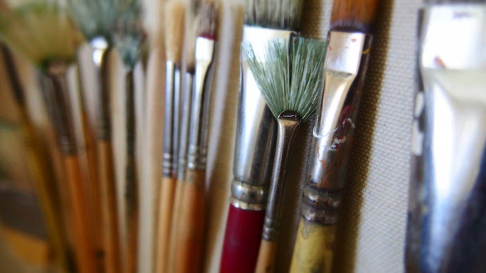 Wallpaper: Paint Brushes