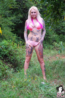 Kelly_Lace - Suicide Girls - Lady in the Woods - Jan 03, 2016